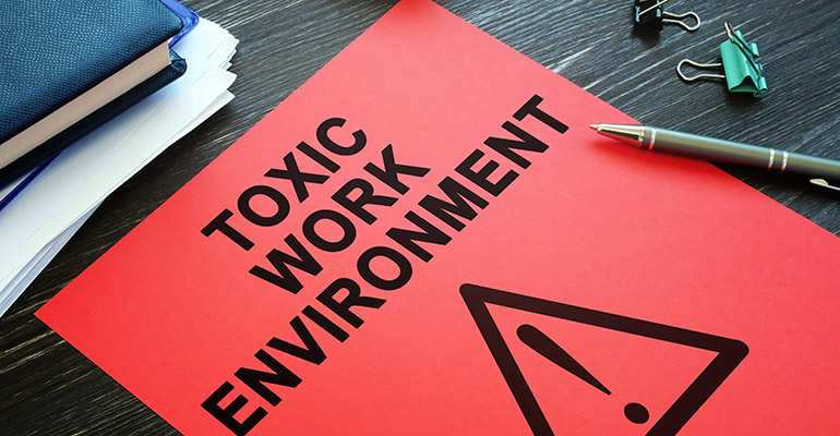Employee Guide to Leaving a Toxic Work Environment